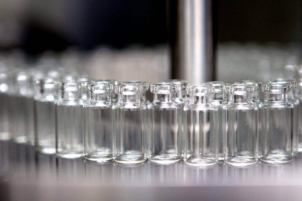 vials for commercial manufacturing of pharmaceuticals